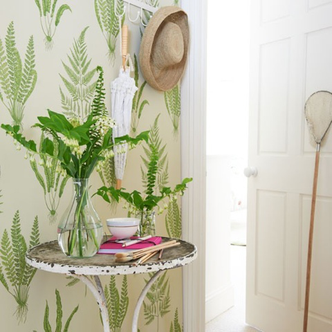 Sanderson Woodland Fern leafy wallpaper