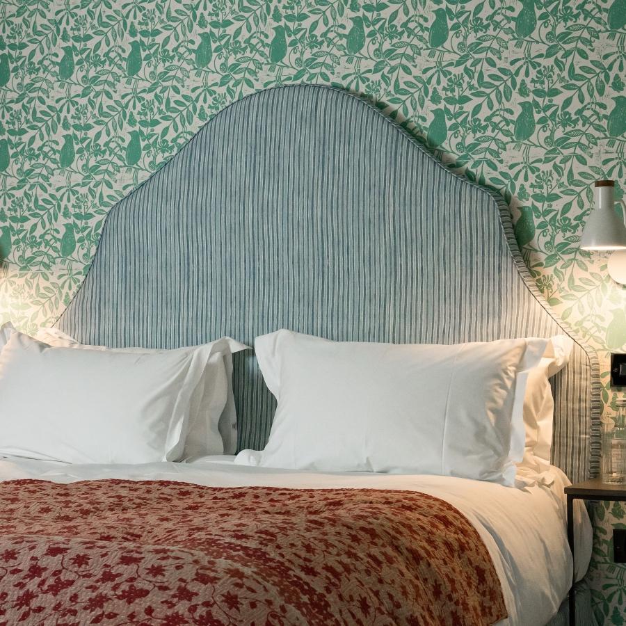 Molly Mahon fabric and wallpaper