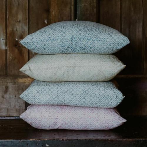 Inchyra Cushions Dedalo