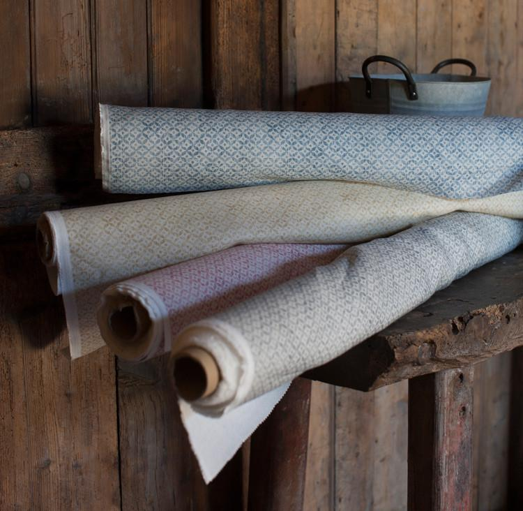 Inchyra Dedalo small scale vintage linen