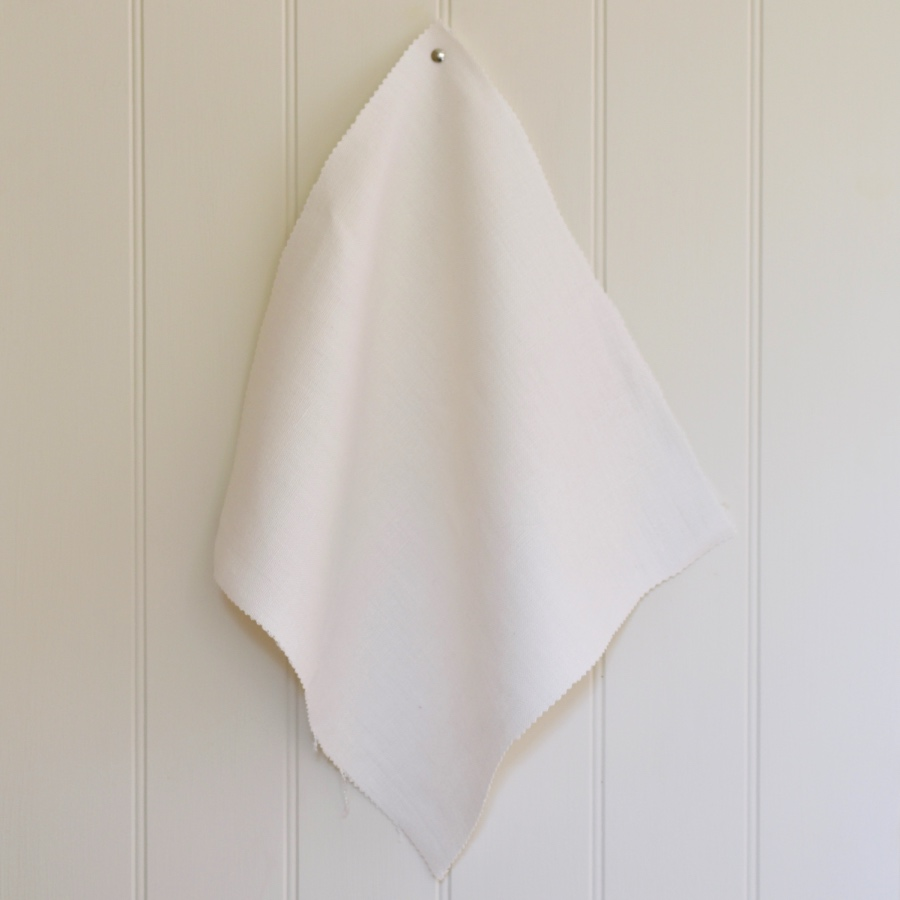 PatternSpy Chalk Perfect Plain white Linen