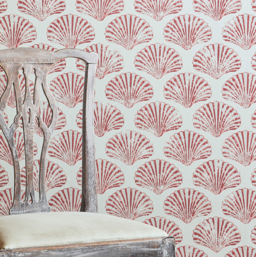 Barneby Gates Scallop Shell wallpaper red